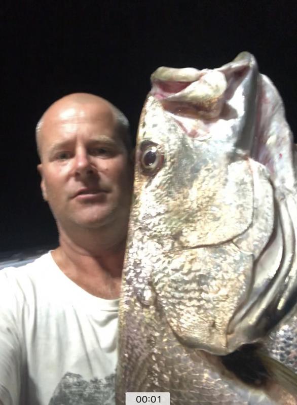 Man caught a Big Golden Trevally Fish